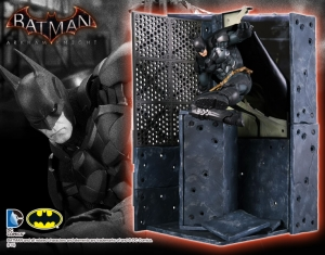 DC COMICS BATMAN: ARKHAM KNIGHT BATMAN ARTFX+ STATUE